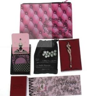 des id es cadeaux pour la saint valentin des id es cadeaux pour la saint valentin. Black Bedroom Furniture Sets. Home Design Ideas